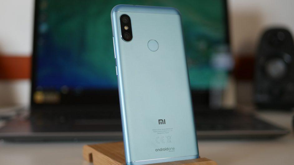 Xiaomi Mi A2 Lite гръб