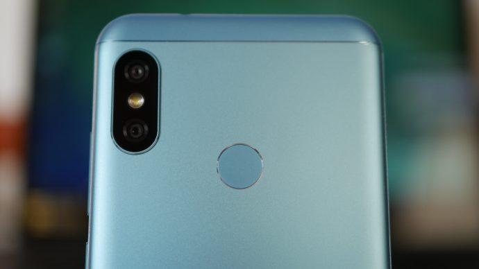 Xiaomi Mi A2 Lite - камера