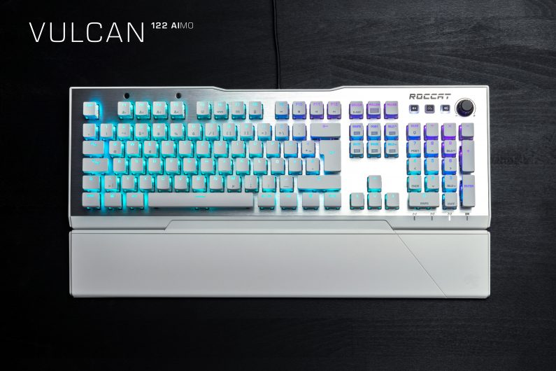 Геймърска клавиатура Roccat Vulcan 122 - Arctic White