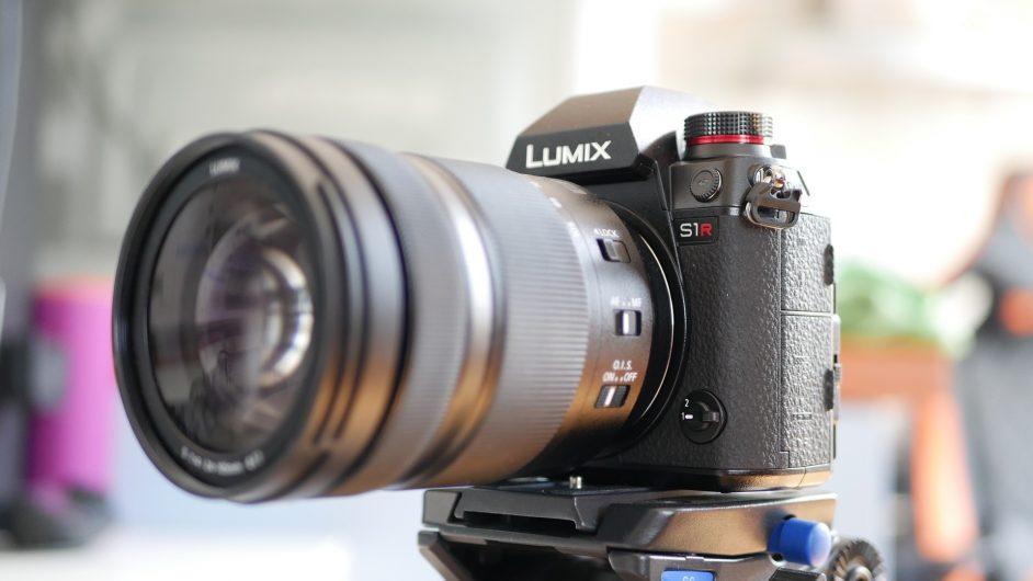 Panasonic Lumix S1R - тяло и обектив