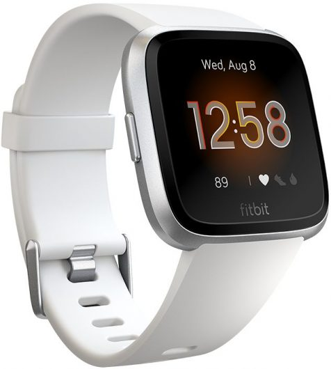 Смарт часовник FitBit Versa Lite - идеи за коледни подаръци
